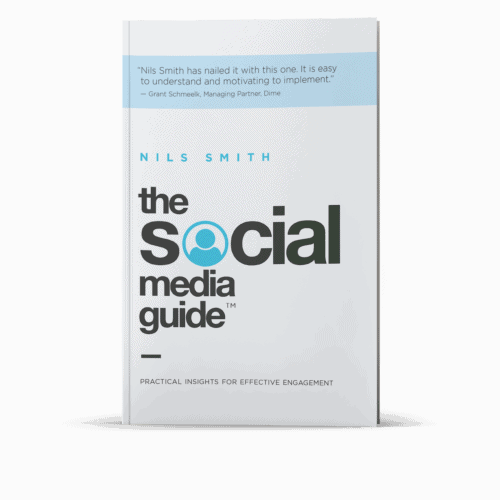 Socialmediaguide Mock Up